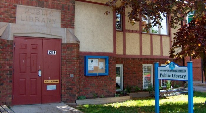 Main door to the Norwood Library